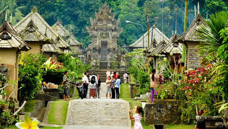 4D3N BALI FREE & EASY Rp. 700.000 / PERSON